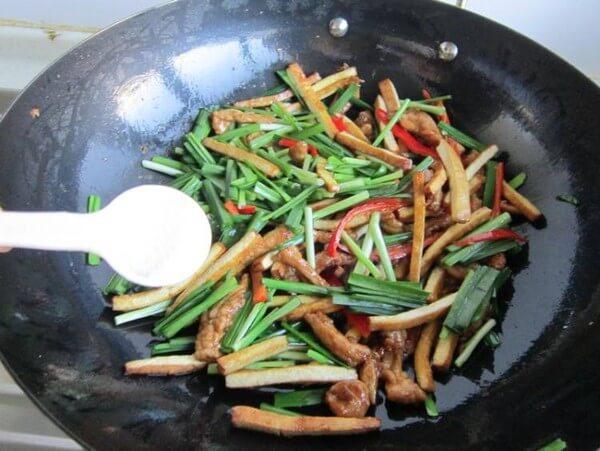 Add chicken essence