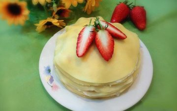 strawberry thousand-layer cake