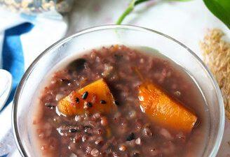 Pumpkin and Cereal Rice Porridge