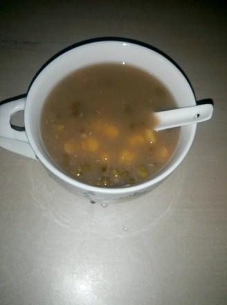 Mung Bean and Taro Soup
