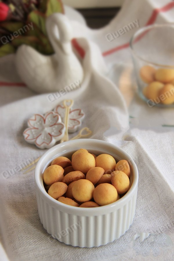 egg yolk biscuit
