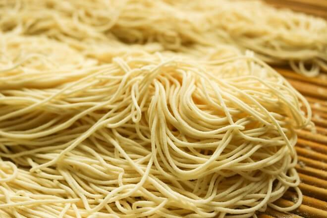 Let's make the noodles first