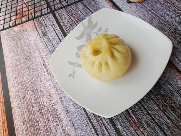 Pan-fried Stuffed Buns